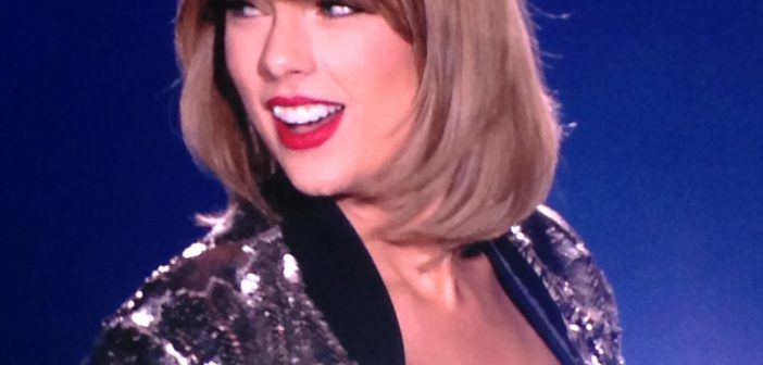 Taylor Swift Concert: The 1989 World Tour – Rogers Centre (Toronto)
