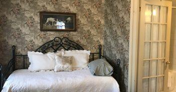 Summerhill Manor B&B and Tea Room – Port Hope, Ontario (Canada)