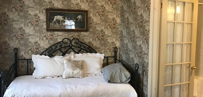 Summerhill Manor B&B and Tea Room – Port Hope, Ontario (Canada)