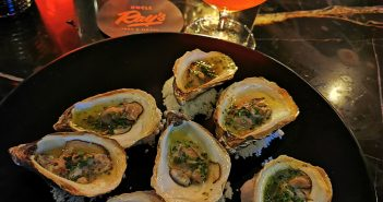 Happy Hour – Buck a Shuck Grilled Oysters & $6 Goose Island Beers – Uncle Ray's Food & Liquor – Toronto, Canada