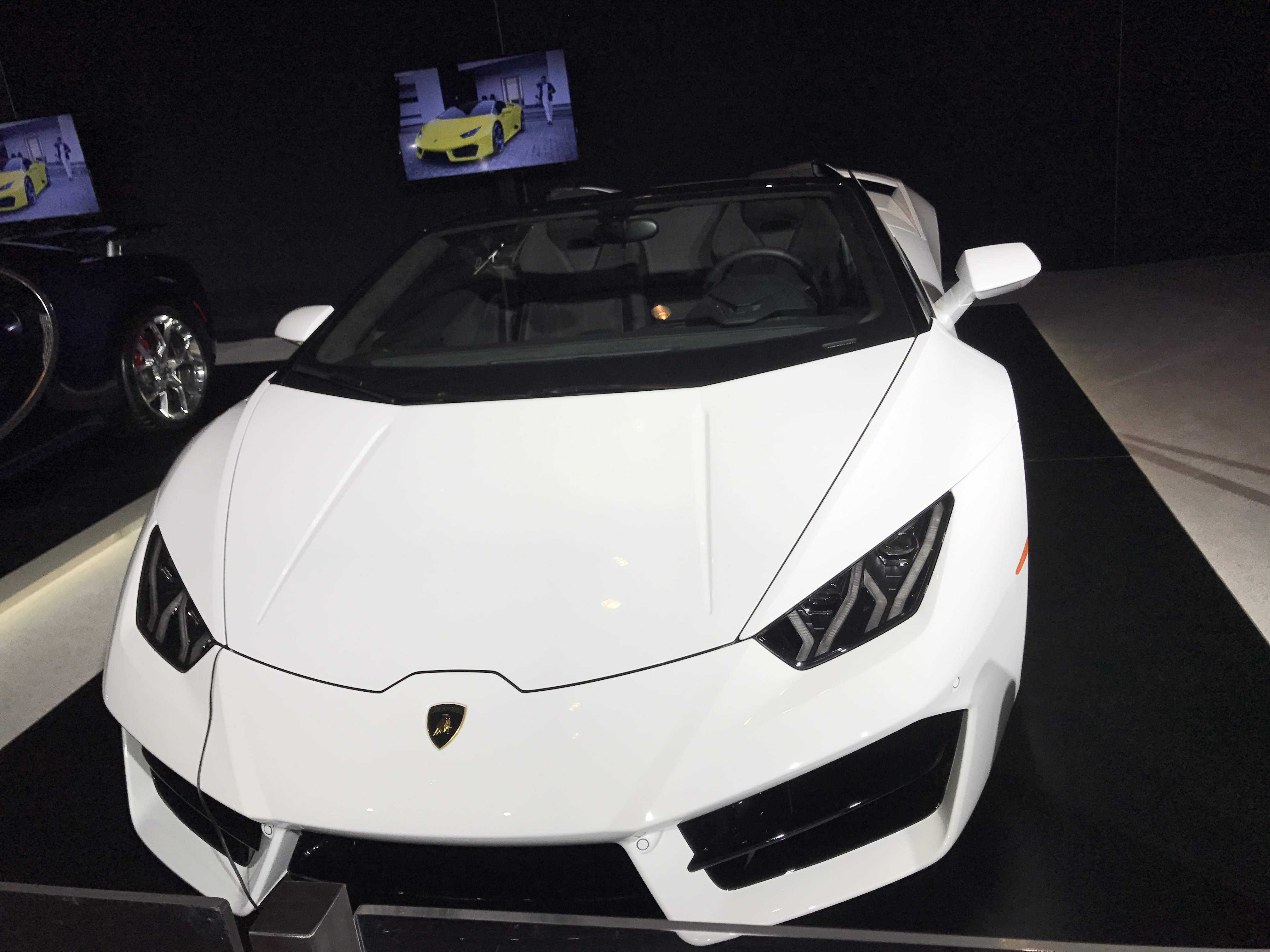 Lambo - Canadian International Autoshow #CIAS2017