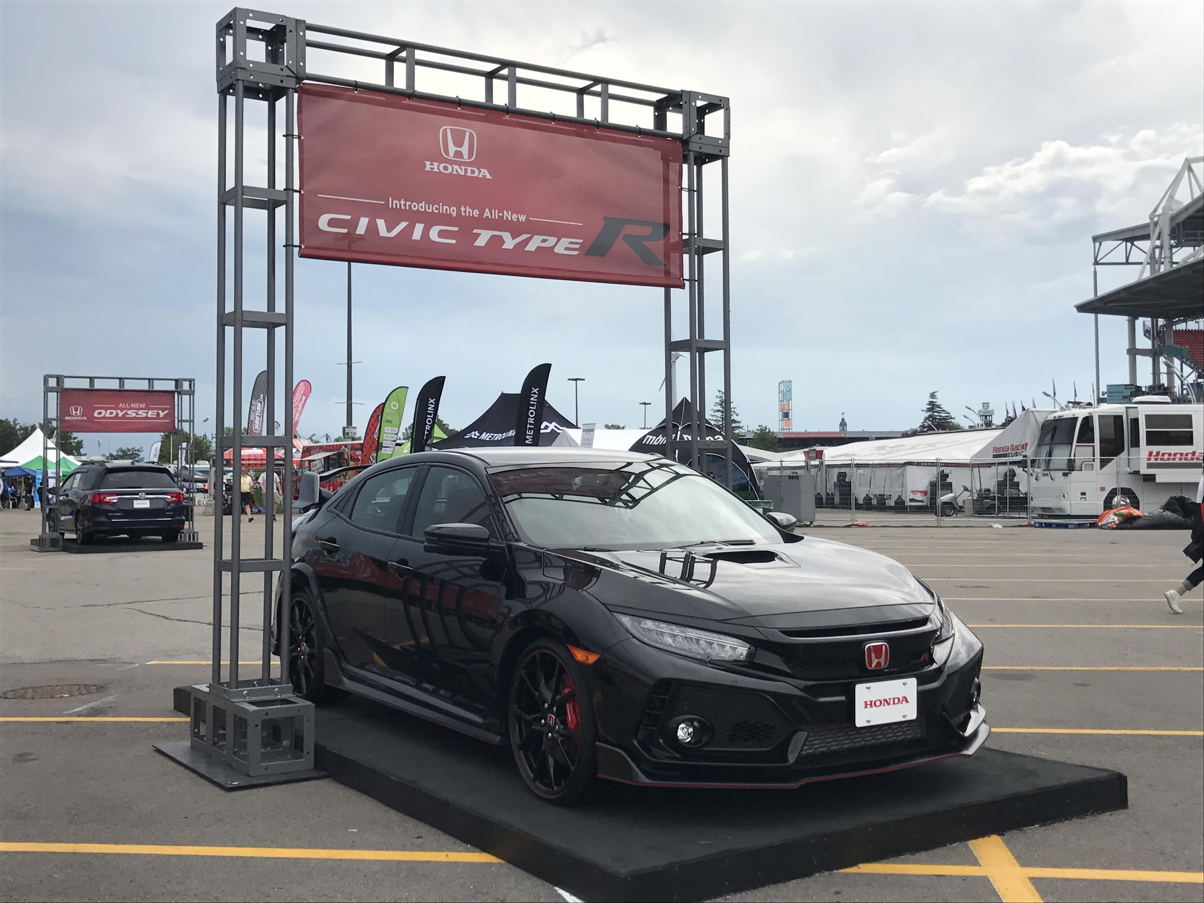 2017 Honda Civic Type R (BLACK)