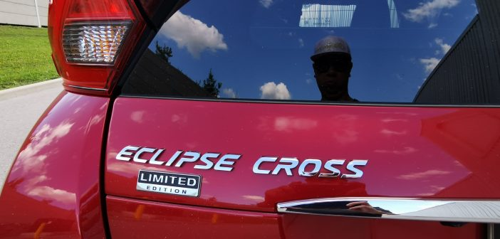 (Outside Look) 2020 Mitsubishi Eclipse Cross Limited Edition AWD